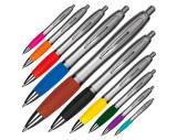 Kugelschreiber mit silbernem Schaft
